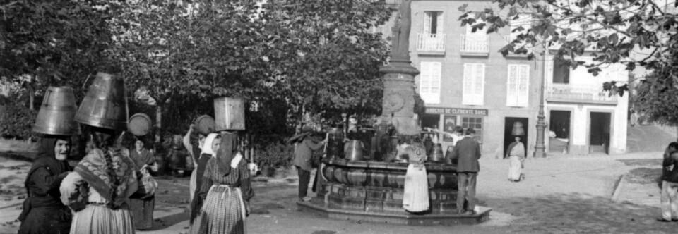 Fuente de la antigua plaza de la Harina (La Coruña).